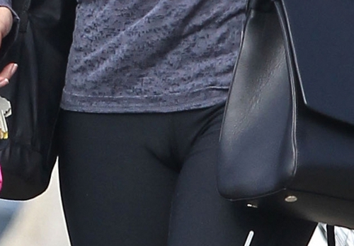 nikki-reed-cameltoe-la-october-2013 (2)